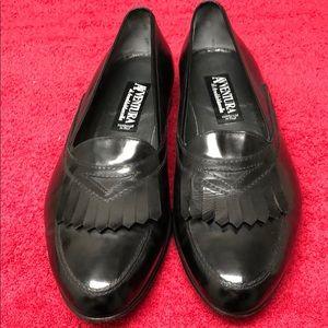 Men's AVVENTURA loafers made in Italy.